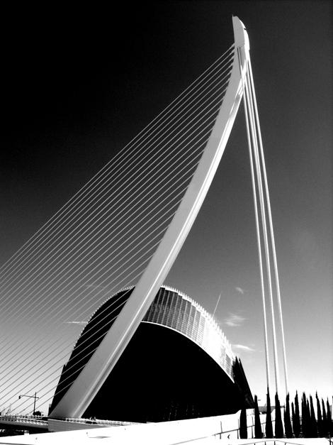 L'Agora & Pont de l'Assut de l'Or