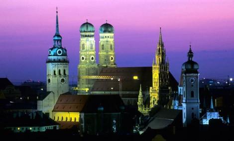 """Will """"ich liebe dich"""" Munich? (Image Credit: OrangeSmile.org)"""