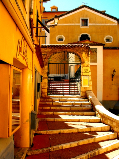 Yellow buildings in Vielle Ville - Nice, France